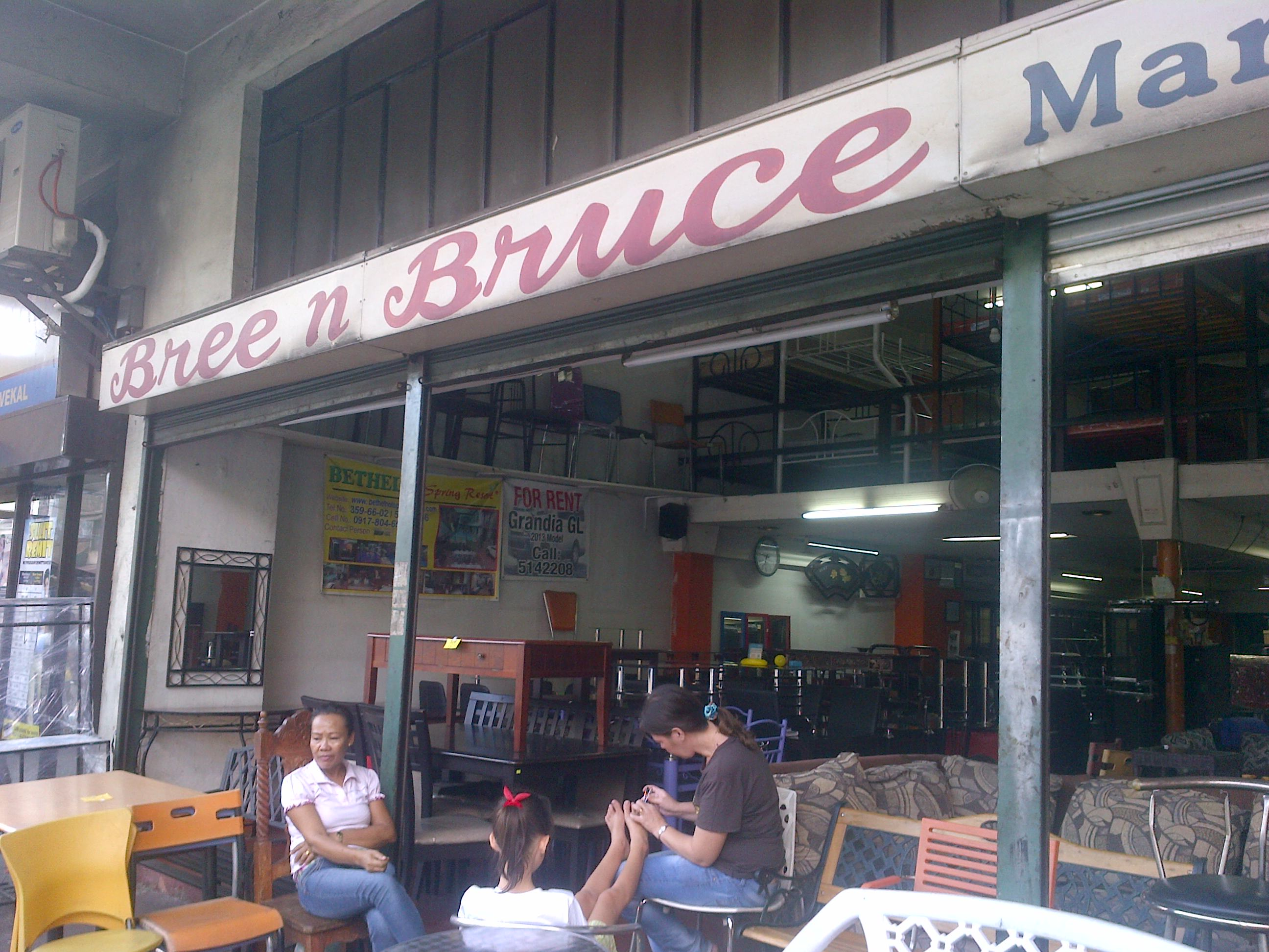 A Homey Scene Fronting Bree N Bruce Marketing In Paco Manila.