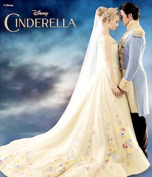 Disney Movie Theories >> Review: Cinderella | Daydreaming since 1985. Sometimes with actual results.